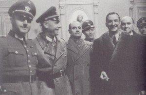 René Bousquet avec les forces d'occupation allemandes le 23 janvier 1943 à l'hôtel de ville de Marseille