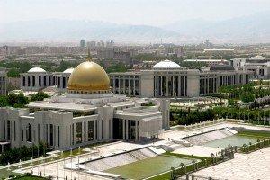 Ashgabat  La place du président au Turkménistan