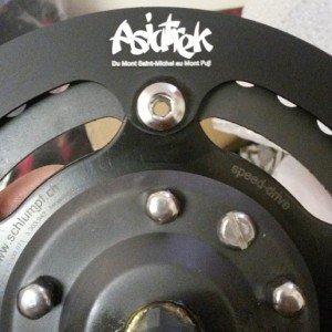 Asiatreck sur le cache frein