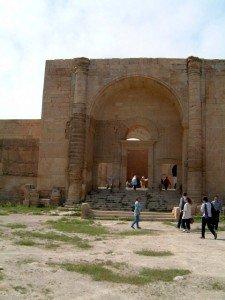 Iwân en voute à berceau à Hatra Irak 50 ac JC