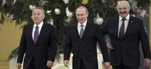 Nursultan Nazarbayev       04  en 2014- 74 ans- avec Poutine et Alexandre Loukachenko bélarus