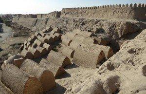 Remparts de Khiva 07 et les tombes protectrices