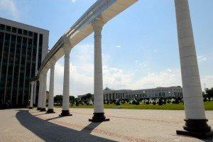 Tachkent place de l'indépendance 06 et scénat