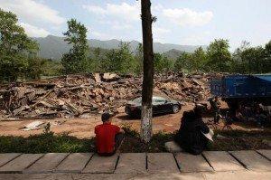 Ya'an séisme du 20 avril 2013 03