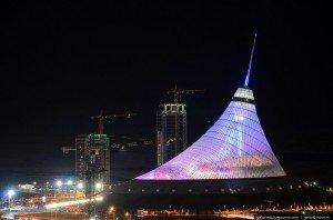 Astana la tente du Khan Shatyr qui est un immense centre commercial