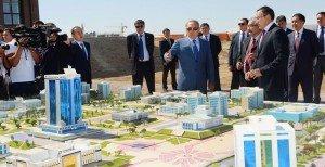 Nursultan Nazarbayev visite le nouveau complexe résidentiel de Shymkent