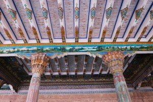 Kashgar 16 bis Mausolée d'Abakh Khodja piliers à Muqarnas de la mosquée Jaman