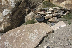pétroglyphe de la vallée de Whakhan 06 un cavalier