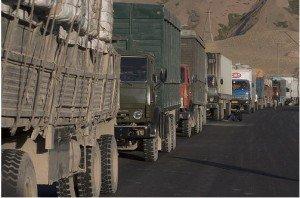 Camions à Irkeshtam Pass