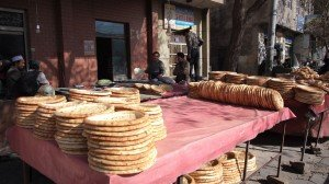 Marchand de pain dans la vieille ville 02