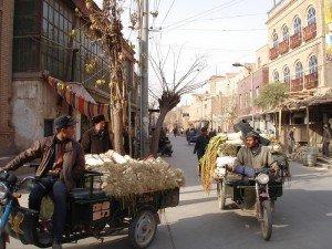 Toque de mouton retourné Kyrgyes.jpg 02