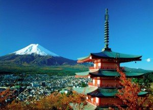 Mont Fuji 09 avec La pagode Chureito dans le temple d'Arajura Sengen
